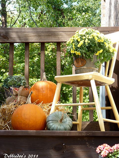 Decorating Tips For Living Room Brown Walls: DIY -Welcome The Fall With Warm And Cozy Patio Decorating