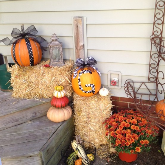 traditional DIY -Welcome the Fall with Warm and Cozy Patio Decorating Ideas homesthetics (41)
