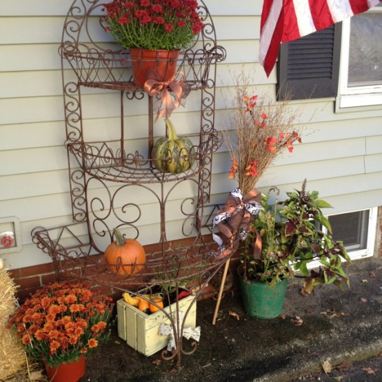 Home Design Ideas Outside: DIY -Welcome The Fall With Warm And Cozy Patio Decorating