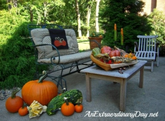 amazing modern patio DIY -Welcome the Fall with Warm and Cozy Patio Decorating Ideas homesthetics (41)