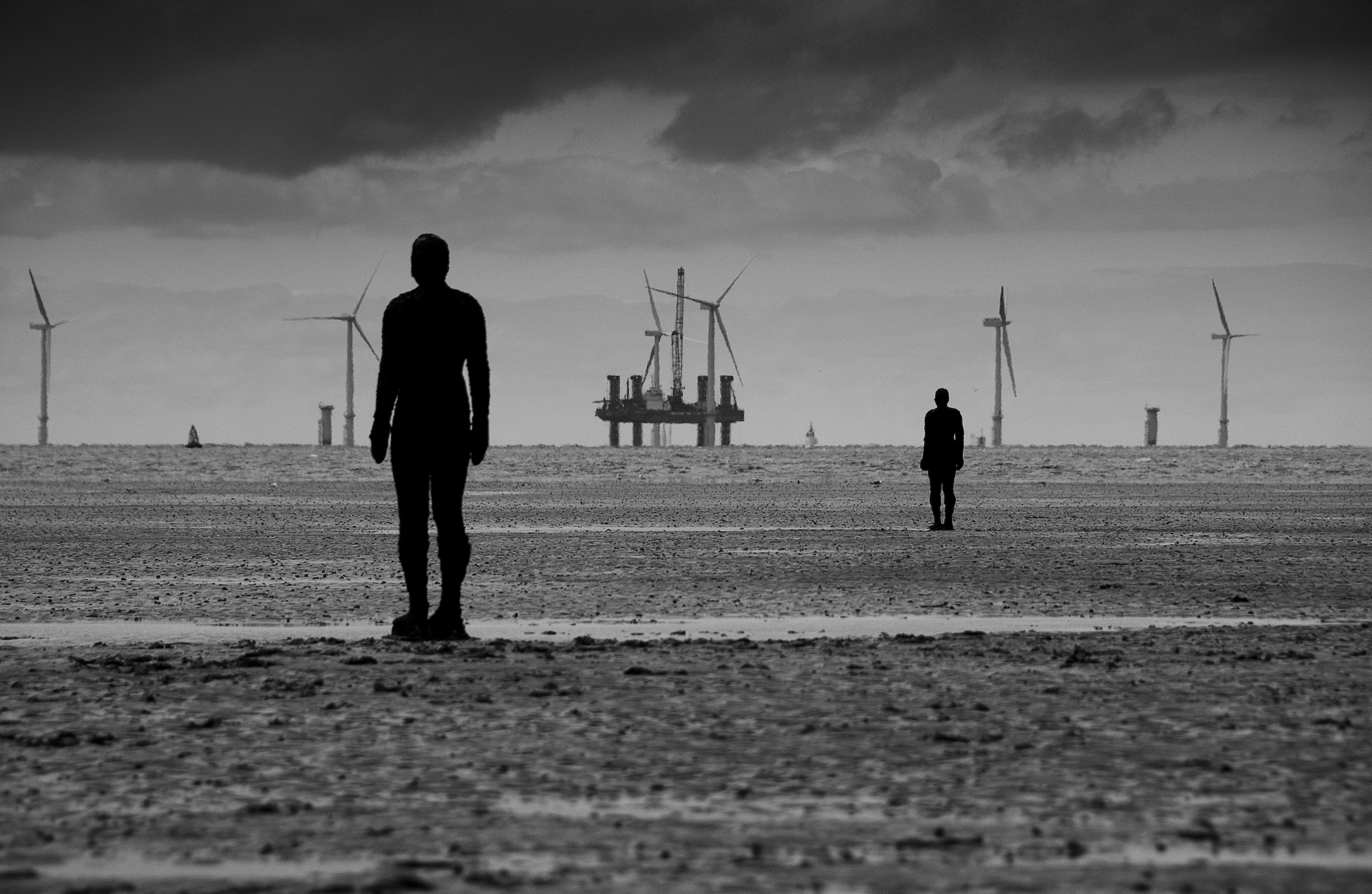 black and white capture of the Experimental ArtAnother Place- Instalation by Antony Gormley homesthetics (1)
