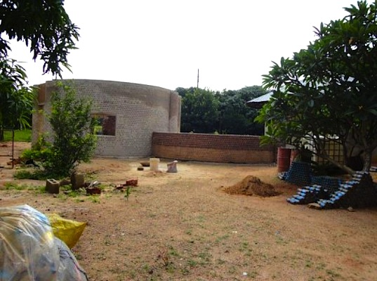 building Experimental Living- Sustainable Plastic Bottle House by D.A.R.E (1)