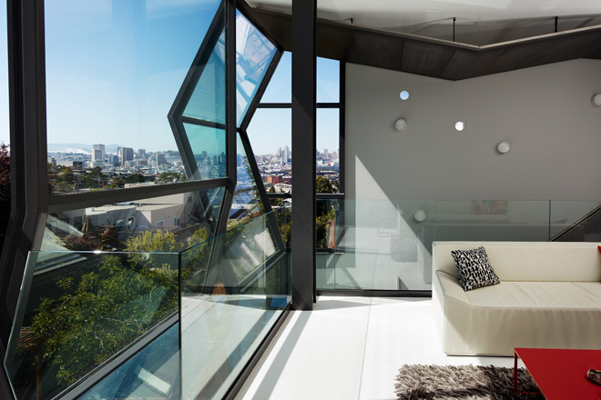 Flip-House-by-Fougeron-Architecture-in-San-FranciscoA-Different-Type-of-Renovation- beautiful views