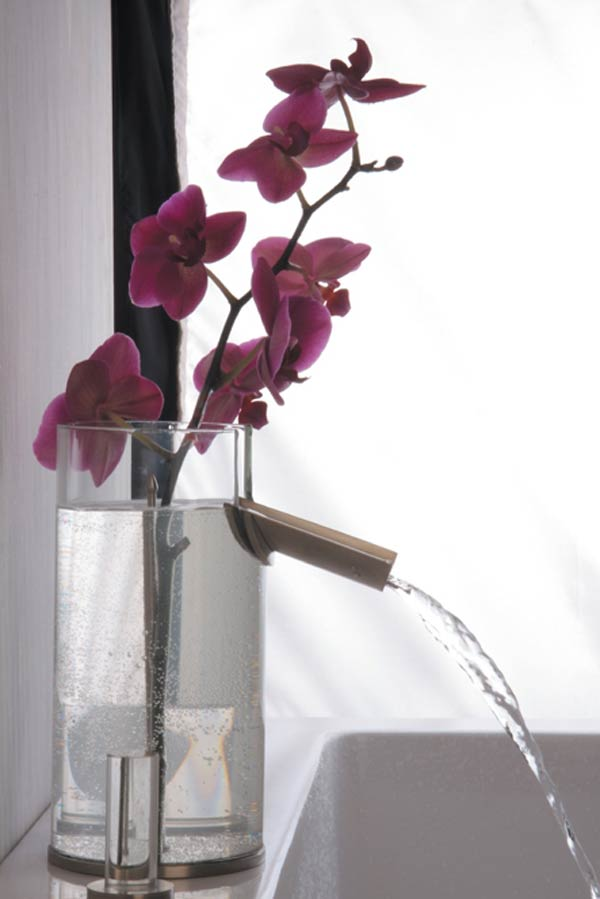 Flower Faucet by Davide Vercelli : A Modern Approach for Your Modern Residence