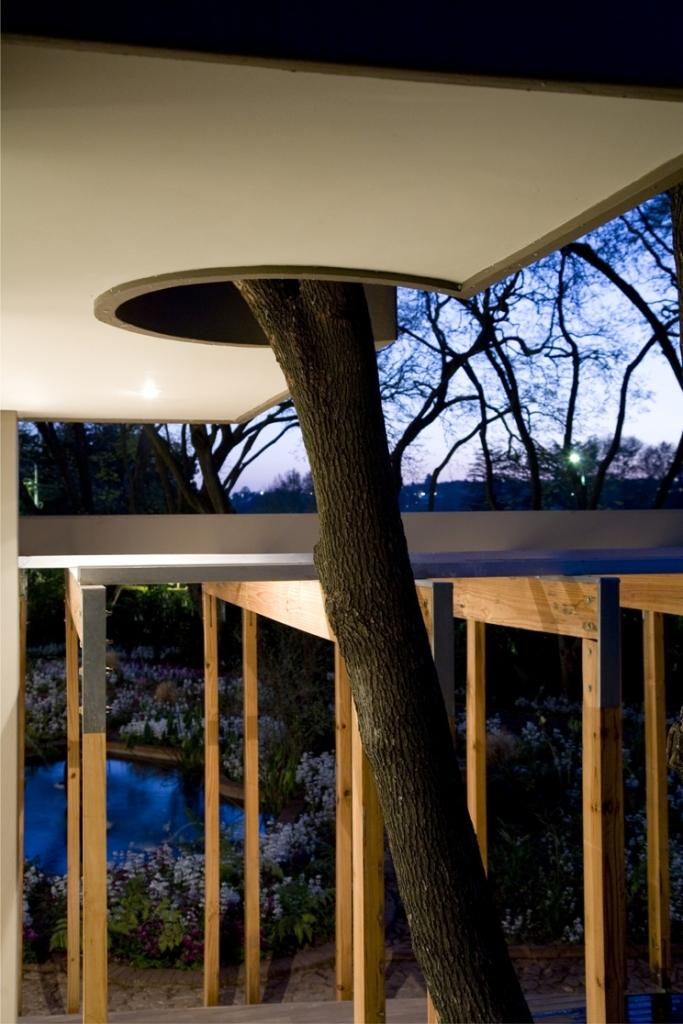 Gabriel`s Garden by  Kate Otten Architects including nature
