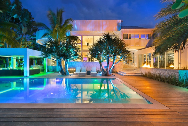 High End Luxurious Modern Mansion With Colorful Lighting