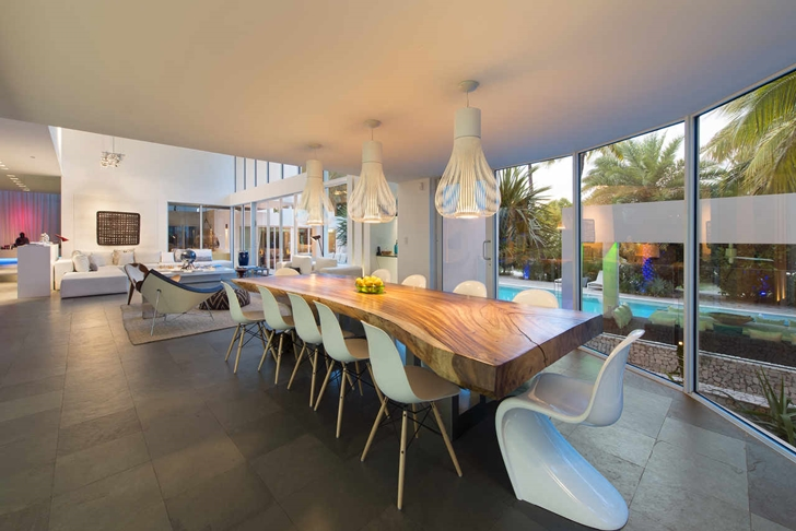 dinning area of the High-End-Luxurious-Modern-Mansion-with-Colorful-Lighting-at-Nigh
