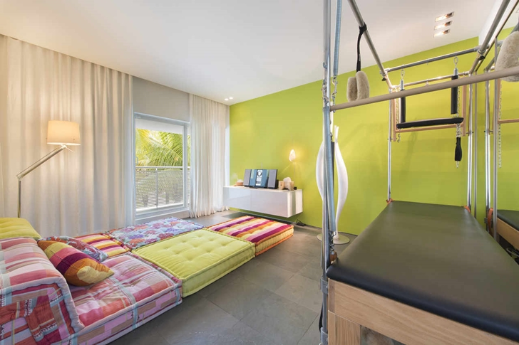 kid bedroom interior design High-End-Luxurious-Modern-Mansion-with-Colorful-Lighting-at-Nigh
