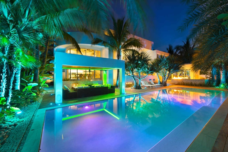 High end luxurious modern mansion with colorful lighting for Amazing mansions inside
