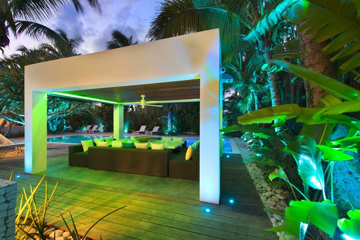 backyard terrace in the High-End-Luxurious-Modern-Mansion-with-Colorful-Lighting-at-Nigh
