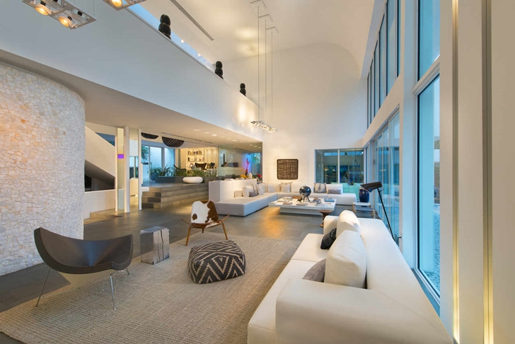 High-End-Luxurious-Modern-Mansion-with-Colorful-Lighting-at-Nigh