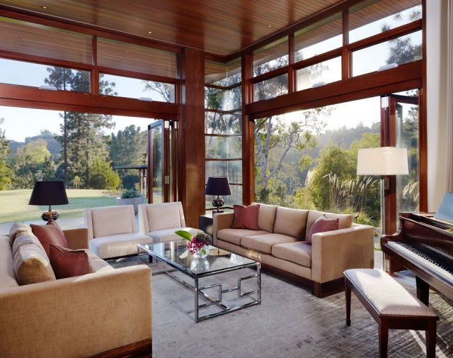 living room exposed Luxurious Modern Mansion Design in California - Mandeville Canyon Residence in contemporary style using sustainable materials homesthetics (1)