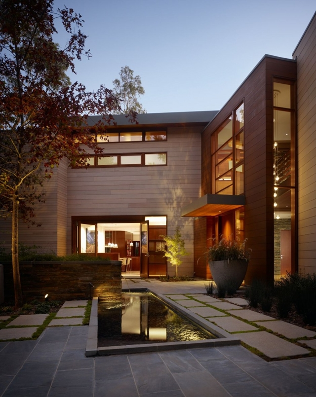 Luxurious Modern Mansion Design in California - Mandeville Canyon Residence in contemporary style using sustainable materials homesthetics (17) pond