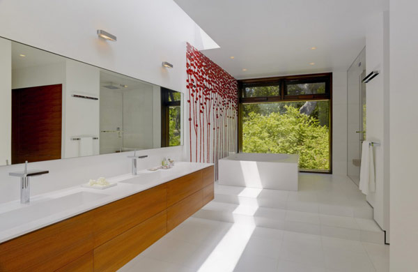 stark white interiors Modern Cliff View Residence Shining in a Contemporary Style- OZ House California modern mansion (1)