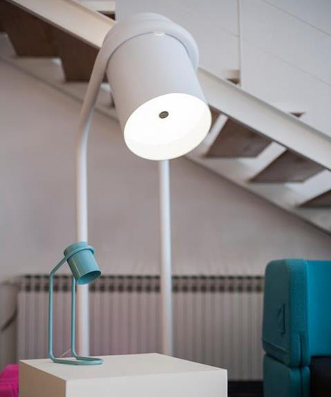 two different sizes white and tourqioise Modern Colorful Mini Me Lamps Designed by Filip Gordon Frank homesthetics furniture lightning (5)