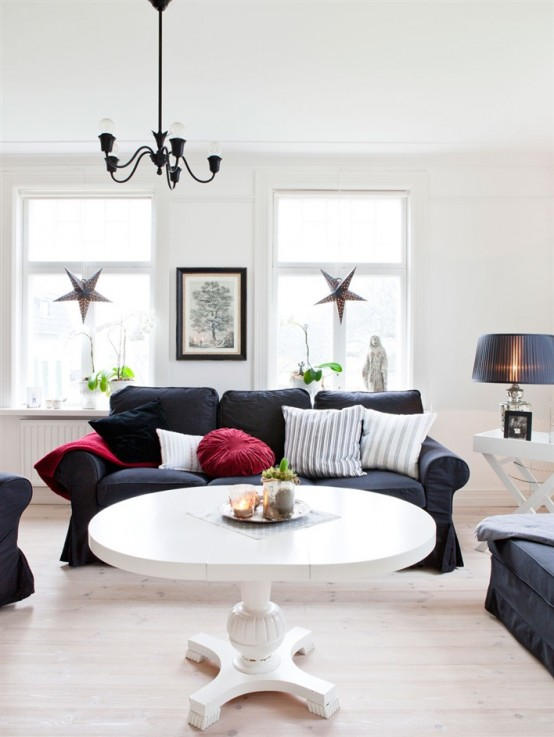black and white living room ideas Rustic Scandinavian House in Black and White Expressing Coziness and Warmth homesthetics (14)