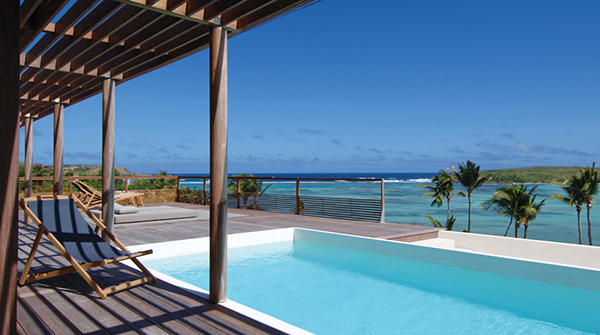 swimming pool Showcase of Luxury Dislayed in an Exotic GetawaySaint-Barthelemy Island-Caribbean Sea homesthetics (12)
