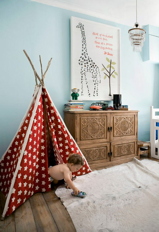 red tent with white circle Simple Bedroom Interior Design Ideas Featuring Play Tents for Kids to fit any modern home homesthetics (18)