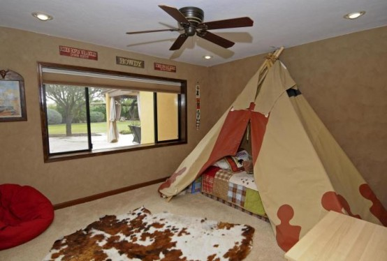 light brown Simple Bedroom Interior Design Ideas Featuring Play Tents for Kids to fit any modern home homesthetics (18)