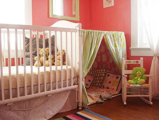 creative tent nearby the bed Simple Bedroom Interior Design Ideas Featuring Play Tents for Kids to fit any modern home homesthetics (18)