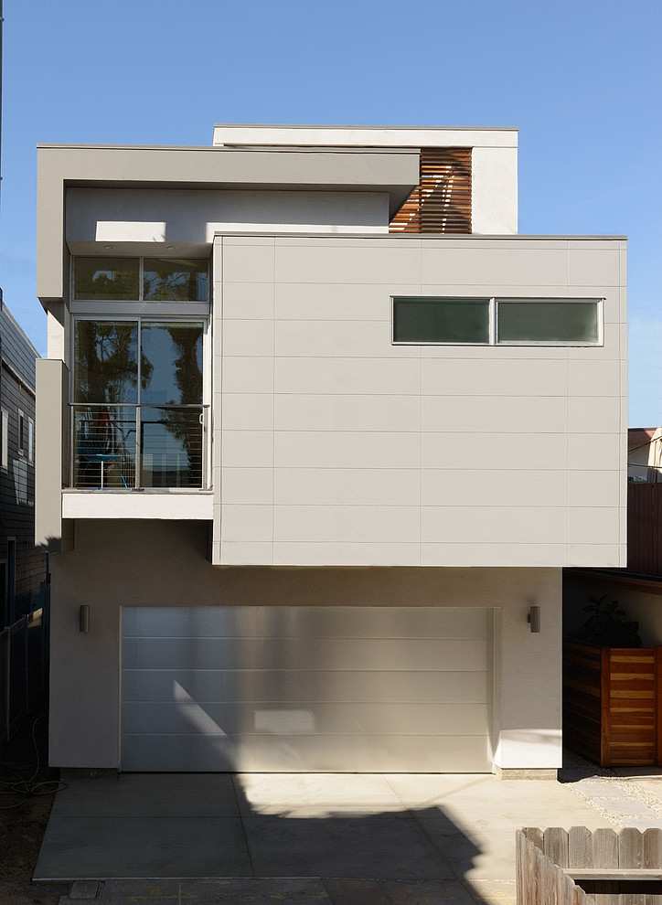 Simple White Facade Of A Small Home Small Modern Mansion Wearing  Contemporary Style   Peninsula House
