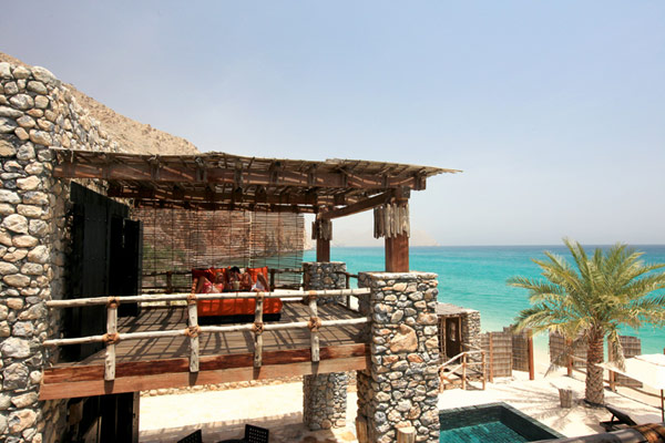 clieff view mansion A Drop of Heaven – Six Senses Zighy Bay Resort – Northern Musandam Peninsula