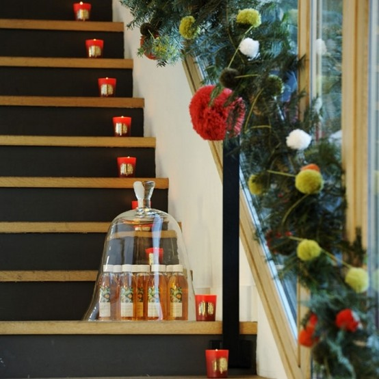 candles amazing Creative & Inspiring Modern Christmas Centerpieces Ideas homesthetics xmas (1)