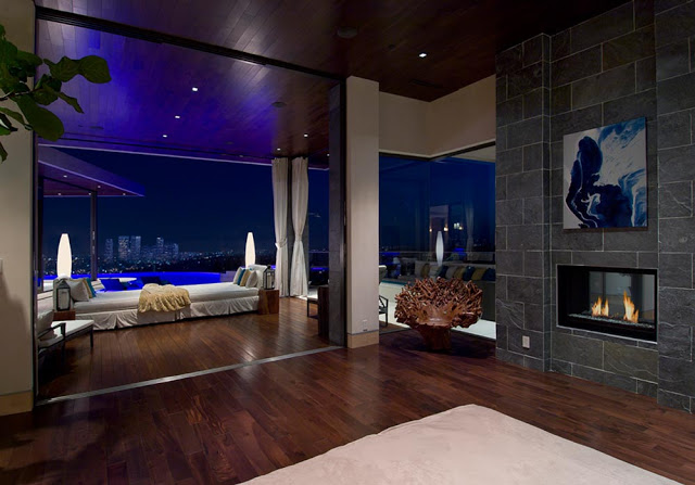blue jay way street Extraordinary Cliff View Modern Mansion Located on the Sunset Boulevard in Hollywood Hills homesthetics (19)