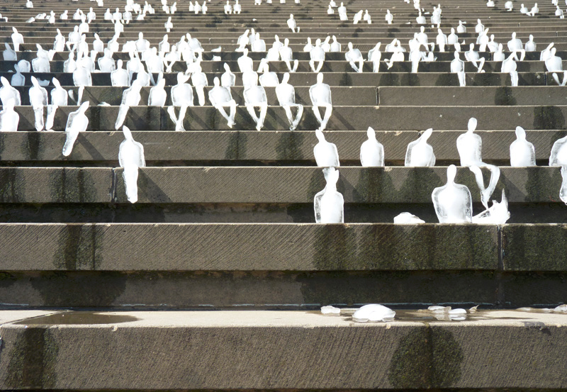 experimental art instalation Army of the Melting Man by Nele Azvedo homesthetics (1)