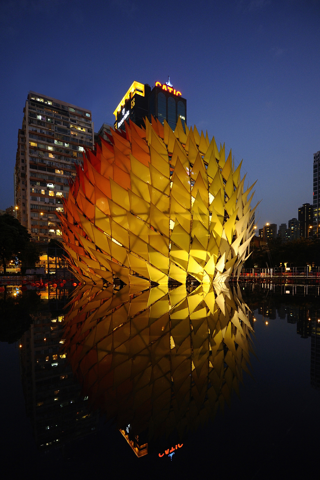Swooping Curves Materiallized in the Golden Moon Pavilion in Hong Kong