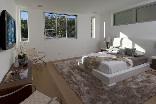 bedroom interior design 1734 Doheny - Cliff View Modern Home In Hollywood Hills, California by Luca Colombo