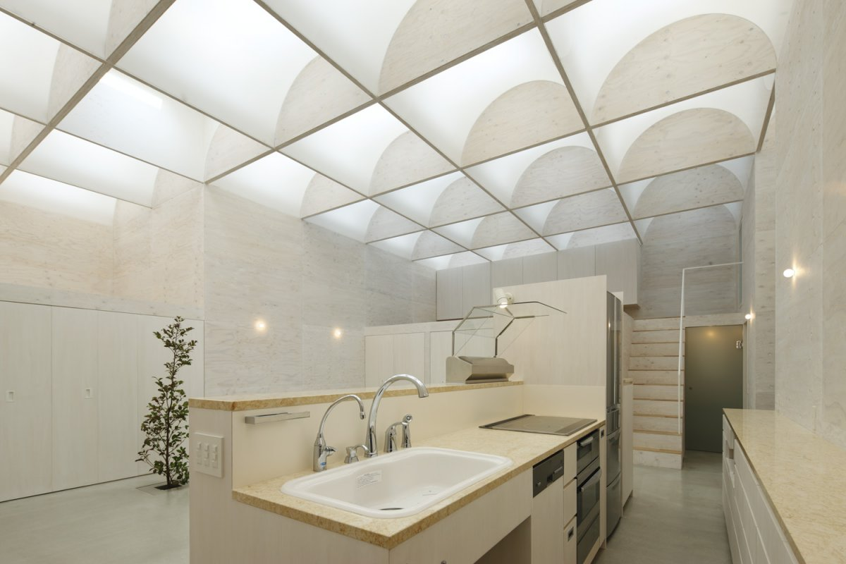 luxurious interior design in One of a Kind Modern Mansion-The Daylight House in Yokohama by Takeshi Hosaka Homesthetics