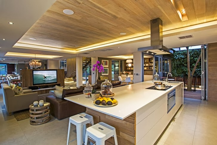 dinning room Albizia House - Cliff View Modern Mansion by Metropole Architects homesthetics (1)