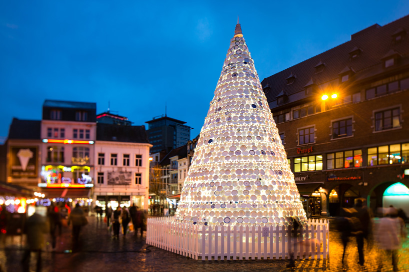 Ceramic Plate Christmas Tree by Mooz in Hasselt, Belgium