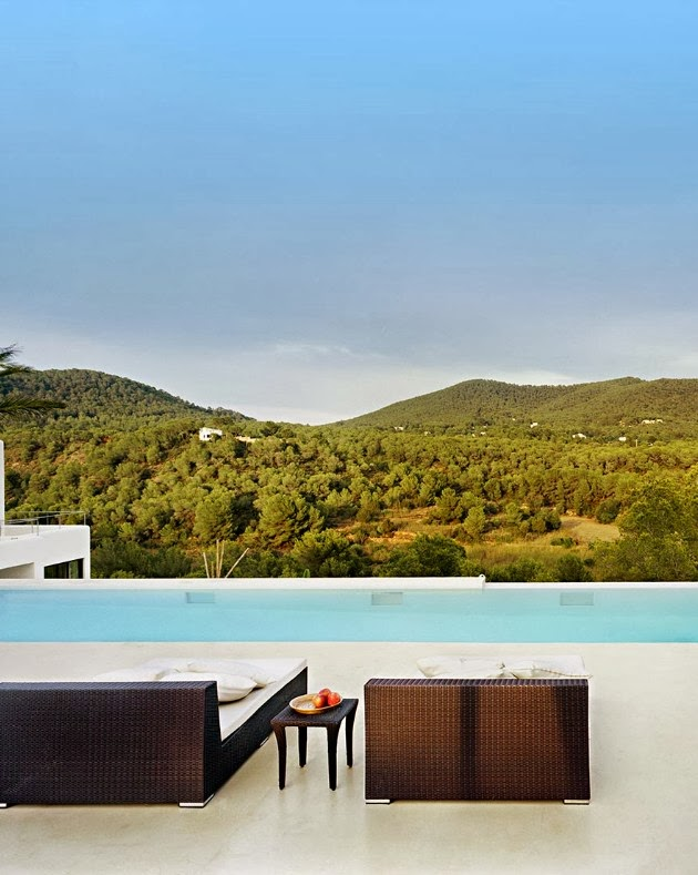 infinity swimming pool Cliff View Modern Ibiza Dream Home Envisioned by Jaime Serra in Spain