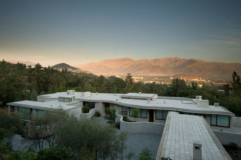 Cliff View Modern Mansion Lo Curro House in Chile by Peñafiel Arquitectos homesthetics 11