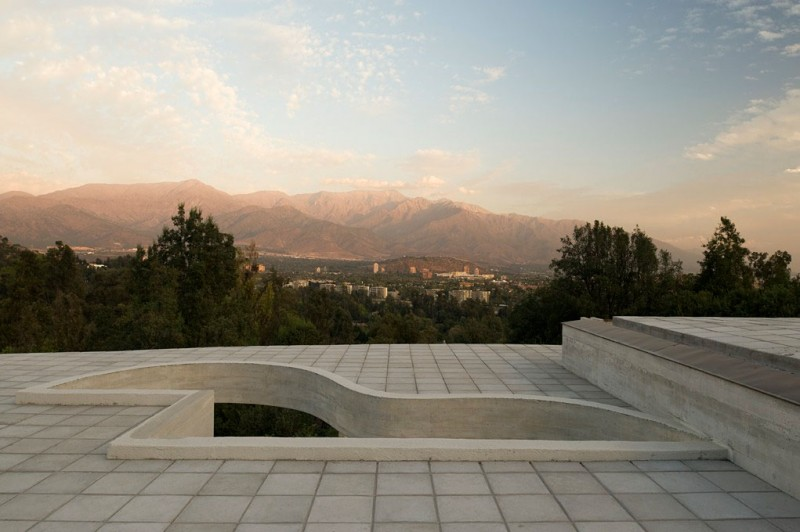 view from the terrace of Cliff-View-Modern-Mansion-Lo-Curro-House-in-Chile-by-Peñafiel-Arquitectos-homesthetics