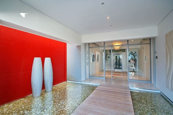 lobby area Clifton View Luxurious Villa Yvette Victoria Rd -South Africa