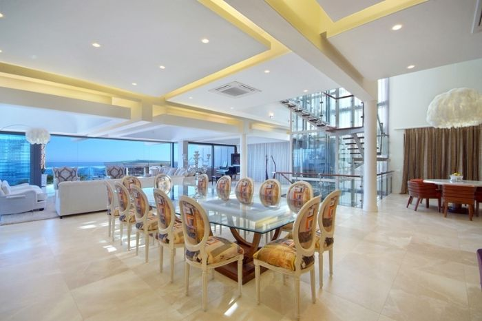 huge dinning area Clifton View Luxurious Villa Yvette Victoria Rd -South Africa