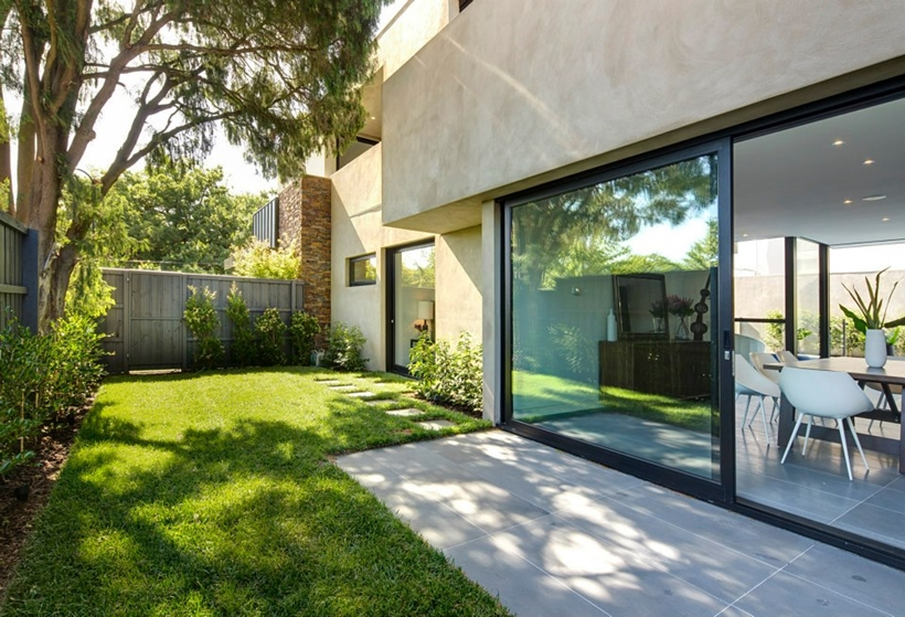 sublime backyard landscaping ideas Compact Modern Mansion on Higham Road in Melbourne, Australia by Steve Domoney