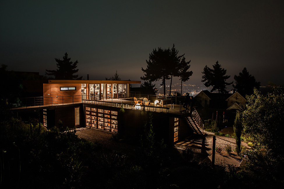 Contemporary Cliff View Retreat - Tavonatti Residence by Par Arquitectos in Chile (1)homesthetics