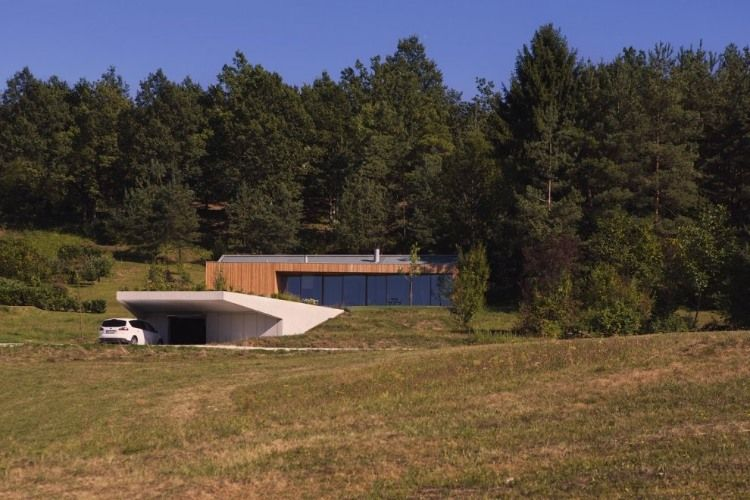 Contemporary-Minimalist-House-MJ-in-Novo-Mesto-Slovenia-by-Kombinat-homesthetics