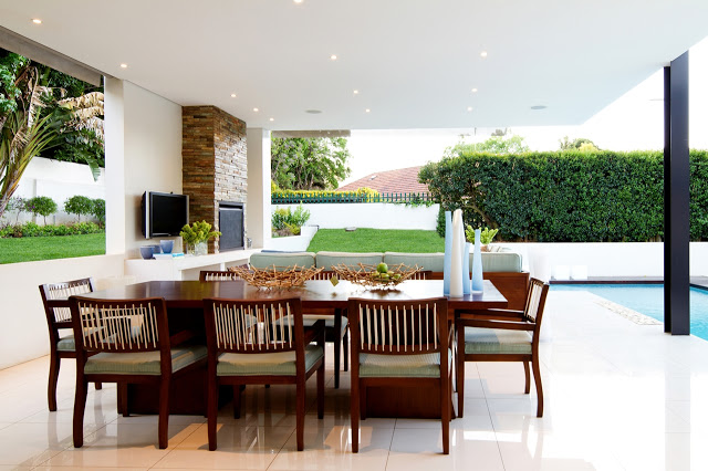lounge area Dream Home Close to Achieving Perfection- House Mosi by  Nico van der Meulen Architects