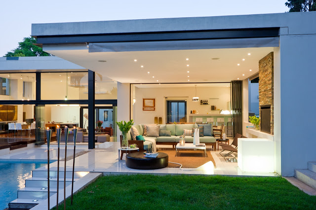 living area expanded Dream Home Close to Achieving Perfection- House Mosi by  Nico van der Meulen Architects