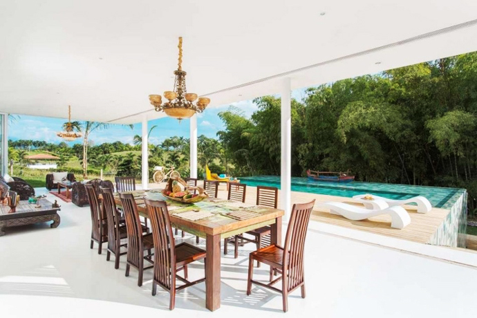 dinning area of the Dream Home Inhabited by Art - Gallery House by GM Arquitectos homesthetics (3)