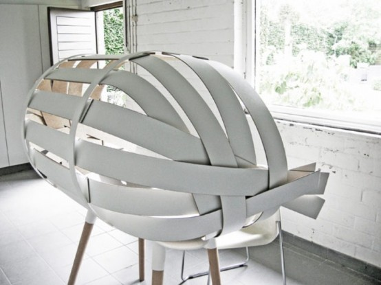 Experimental FurnitureSpecial Working Place Of Wooden Stripes by Bram Wonderbrack modern design homesthetics (1)