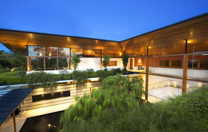 high end Extraordinary Luxurious Modern Mansion Embedded in Vegetation- The Willow House by Guz Architects homesthetics dream home (1)