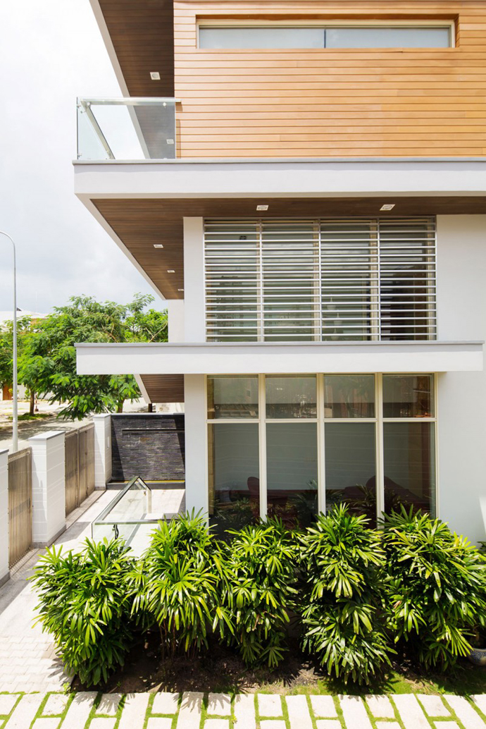 vegetation at the ground floor F2 Modern Luxurious Villa by Dang Duc Hoa-Block Architects in Vietnam