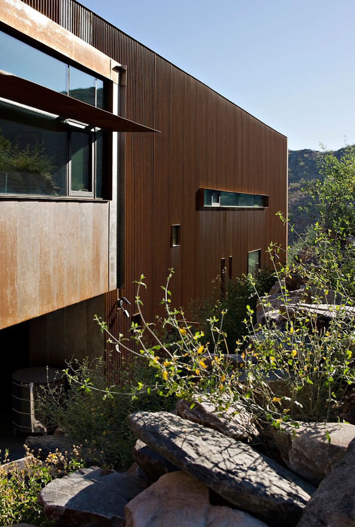 detail shot Jarson Residence -Contemporary Modern Mansion by Will Bruder+PARTNERS