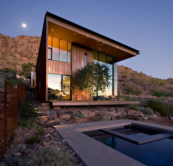 swimming pool main facade Jarson Residence -Contemporary Modern Mansion by Will Bruder+PARTNERS